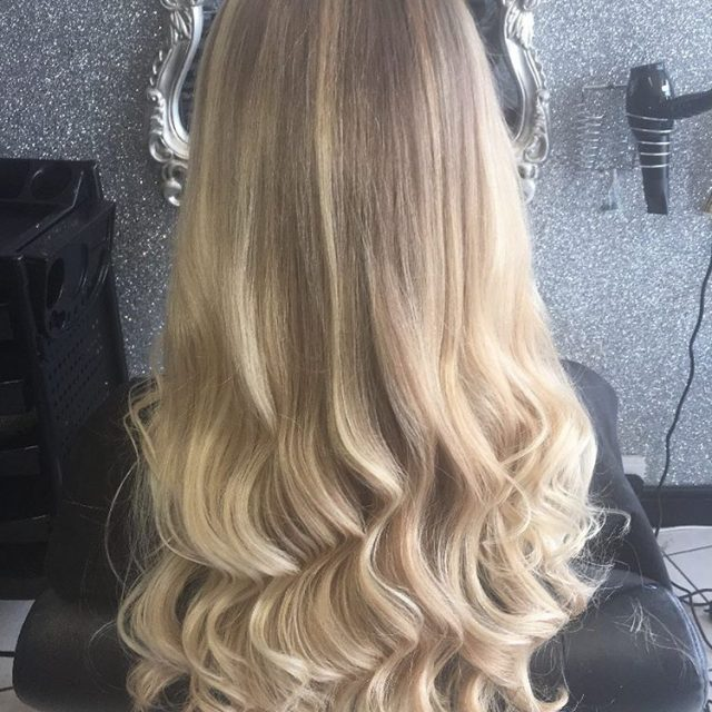Stunning blonde balayage by chenellefarmer thatblendthough